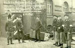 Революционные матросы в Вильгельмсхафене. 1918 г.