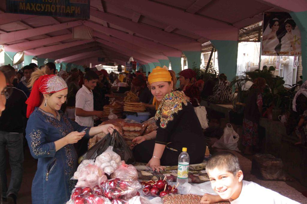 крсавицы на базаре